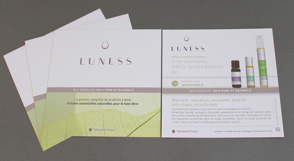Création d'un flyer pour le lancement de la marque